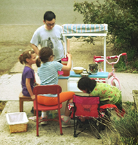 lemonade stand fundraiser for Highland Park Public Library