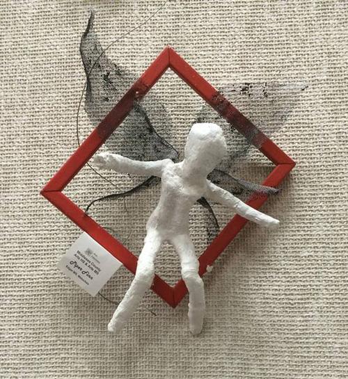 Piper Finn Sculpture